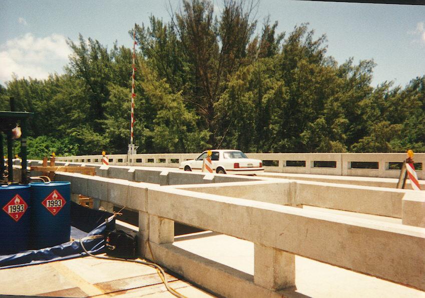 Environment and regulation determine paint removal on bridge.jpg